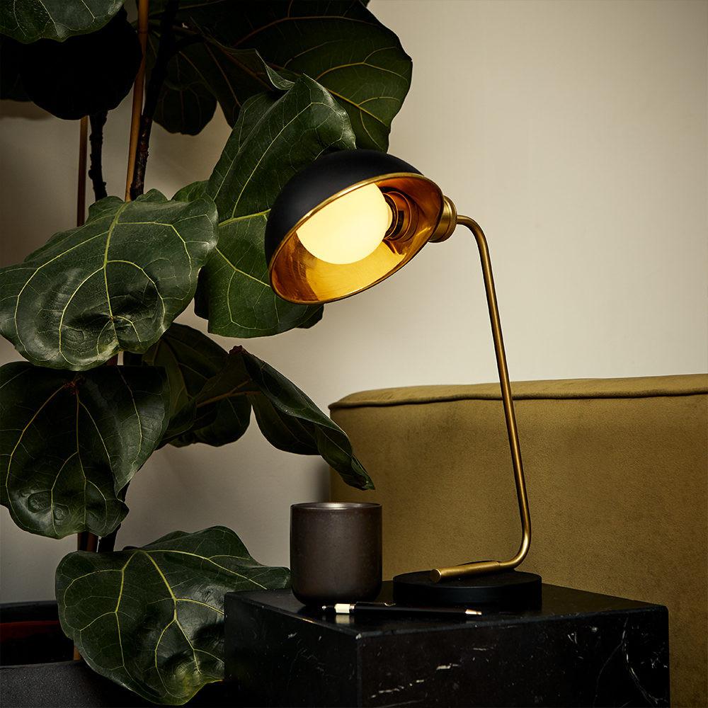 Porcelain-II-Christmas-Table-Lamp-LED-Li