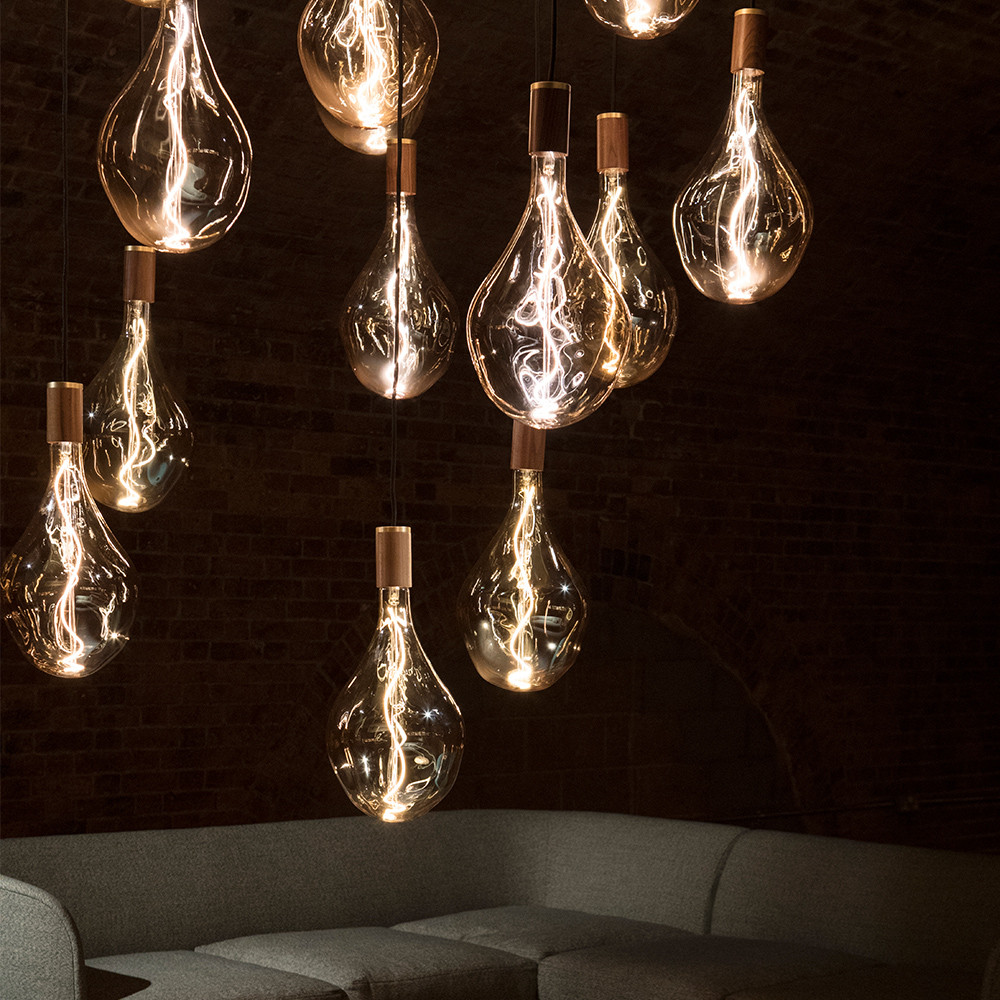 Voronoi-1-designer-bulb-wooden-walnut-pe