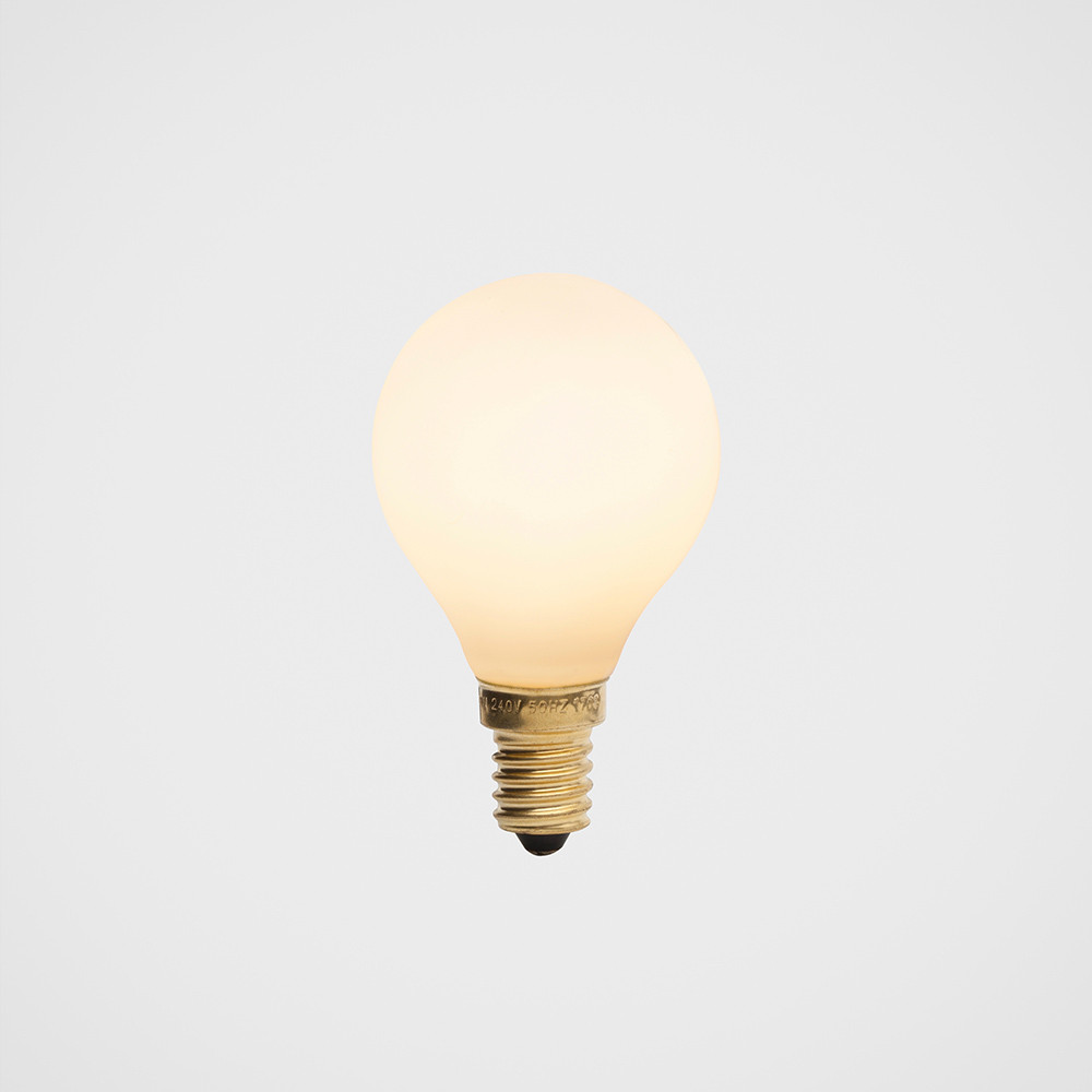 Porcelain-1-white-LED-bulb-1.jpg