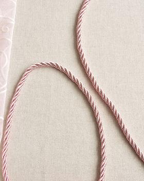 Шнур для декора, шнур втачной, шнур вшивной, шнур настрочный, шнур витой, шнур кант с ресничкой, шнур с тесьмой, шнур окантовочный, шнур декоративный, опт и розница, шнур отрез