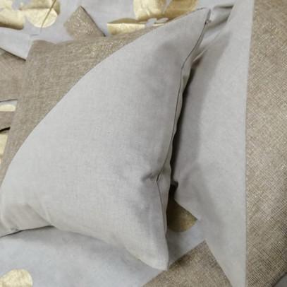 Подушки квадратные