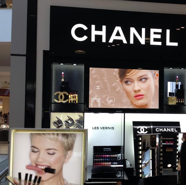 46-inch-digital-advertising-display-in-c