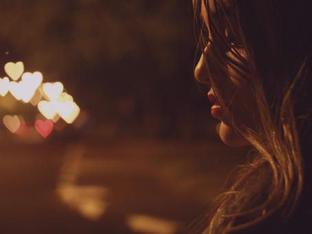 La culpabilité derrière nos relations amoureuses éphémères.