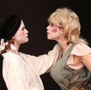 Joan Milburn as Desdemona and Asha Culhane as Bianca.