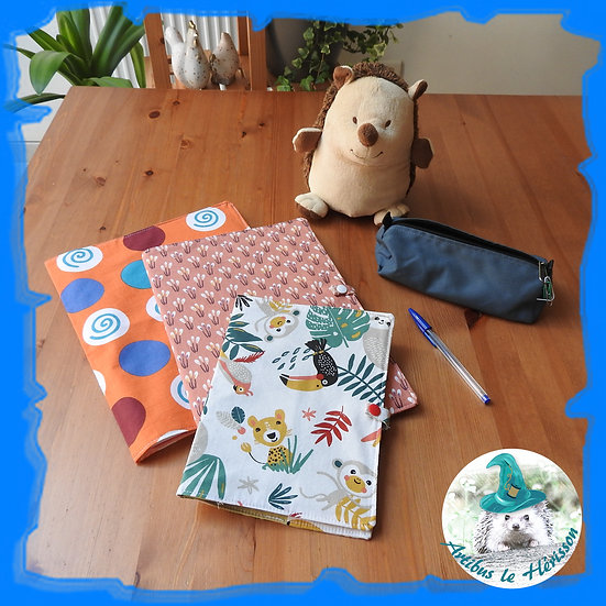Couvres cahiers en tissu