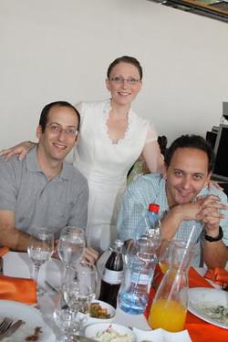 Izhar, Jenia & Alon, 2009