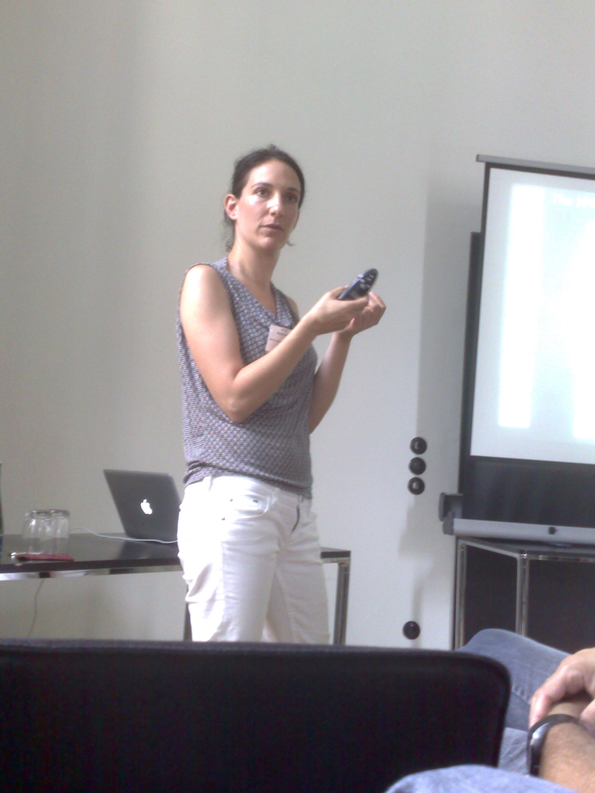 Naomi giving a talk OCNS Berlin 2009