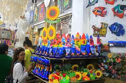 Coron-Palawan-Souvenir-Shop-s