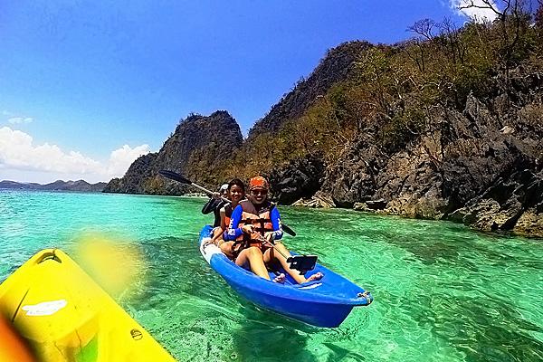Coron-Island-kayak-ing-s