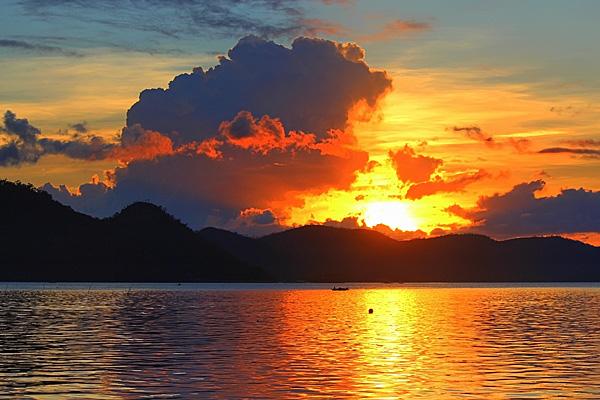 coron-sunset-s