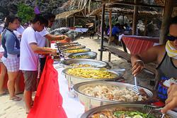 Coron-island-tour-buffet-lunch-1-s