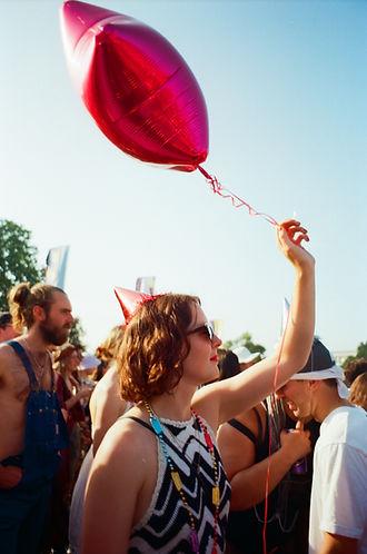 Balloon, red, sunglasses, glasses