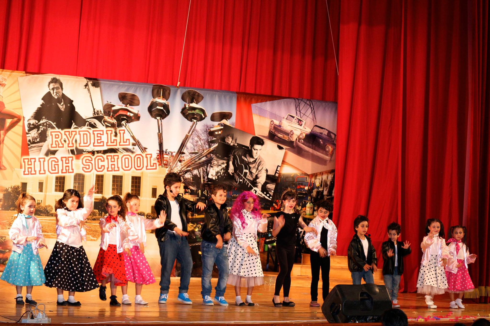 fila grease musical 12.jpg