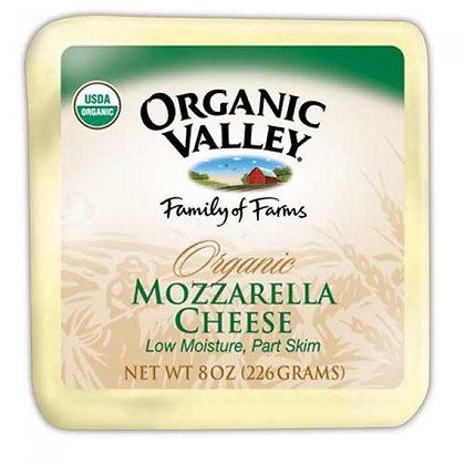 Organic Valley Mozzarella Cheese 8 Oz