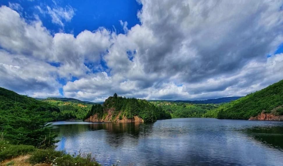 « De l'eau ou du vin : Renaison, la commune qui désaltère tout le territoire roannais »(Tour touris