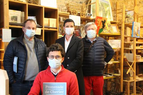 Saint-Just : Dédicace à l'Artisanat du Pays d'Urfé