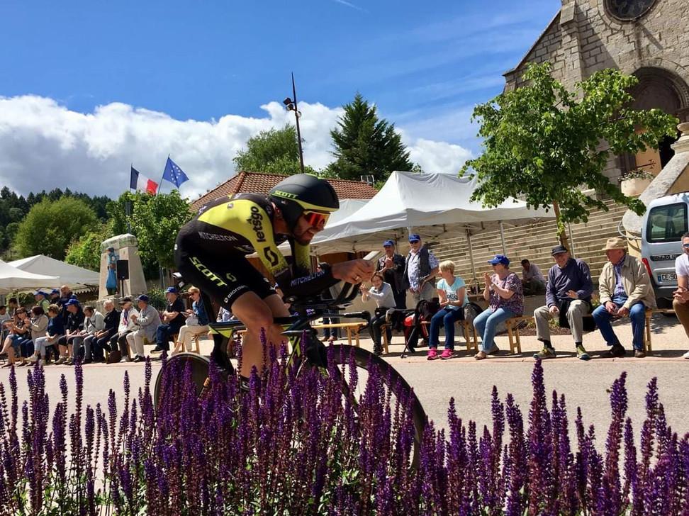 Le contre la montre du Dauphiné en Côte roannaise