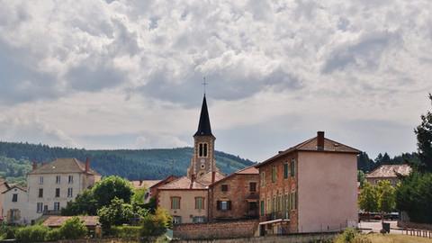 Saint-Haon-le-Vieux : « Personne n'y croyait et...ça a marché ! » (Tour touristique du Roannais)