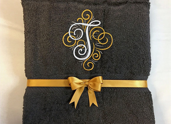 Elegant bath towel with initial