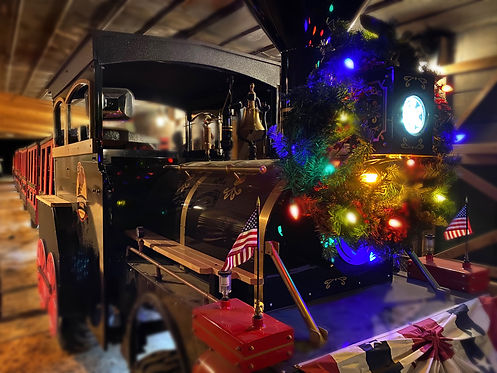 TRAIN CHRISTMAS.jpg
