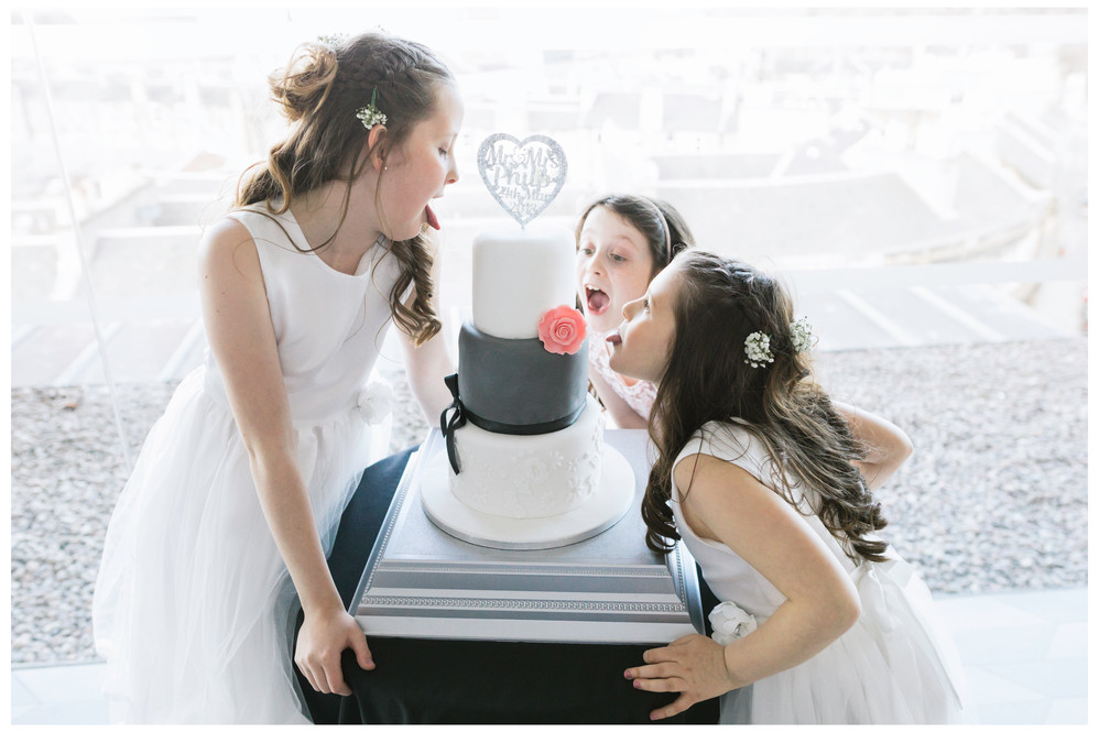 wedding photographer edinburgh fun happy mum dad old wedding cake funny