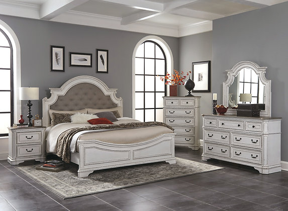 Shelby Manor Bedroom Group