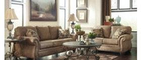 Larkinhurst Sofa/Loveseat