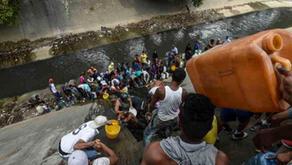 """Apagones encienden las protestas y reavivan """"cacerolazos"""" en Venezuela"""