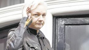¿Cómo afecta a Ecuador el arresto de Assange?