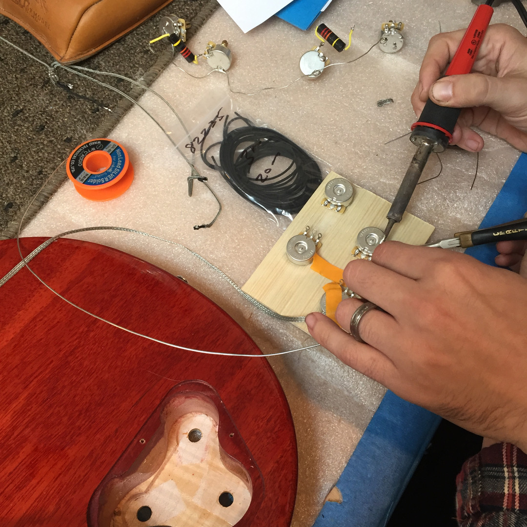 Gibson Les Paul Rewire using Template