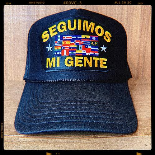 Seguimos Mi Gente Trucker Hat