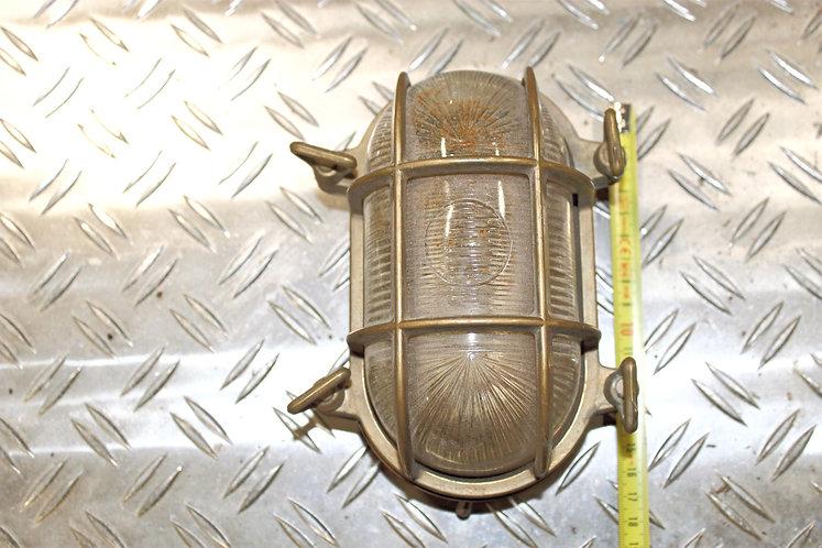Bulleye brozen lamp