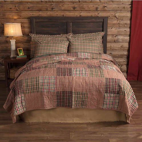 COUNTRY PRIMITIVE CLEMENT KING QUILT & 2 KING SHAMS