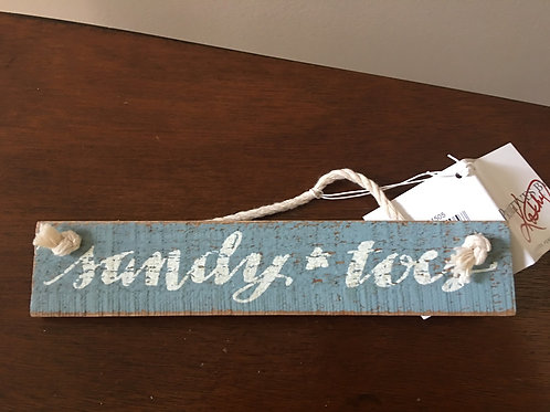 Primitives by Kathy Wooden Sandy Toes Small hanging Sign