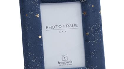 Lyra Velvet Frame