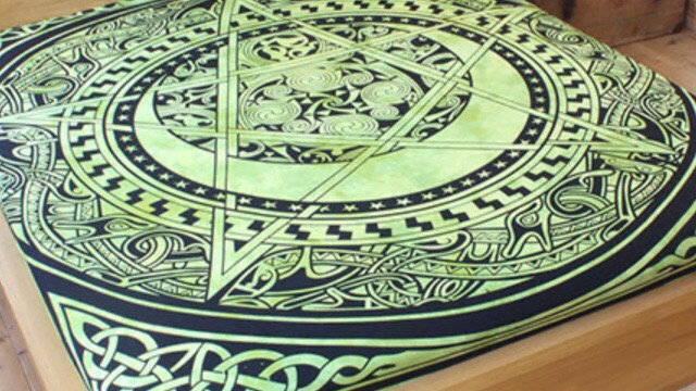 Celtic Pentacle bedspread, Rug or Wallhanging