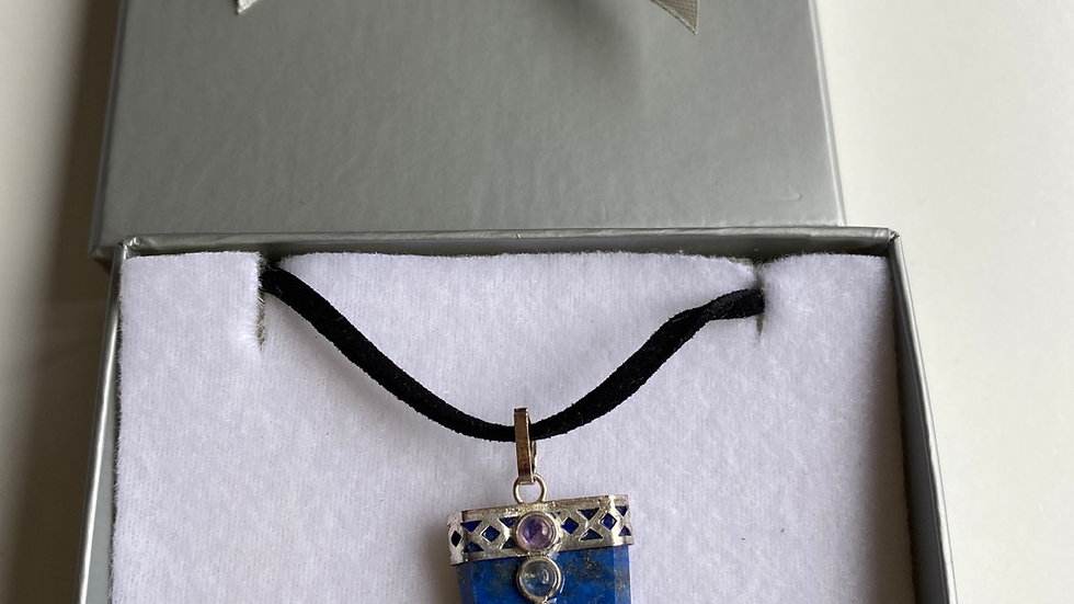 Lapis Lazuli Pendant With Chakra Gems