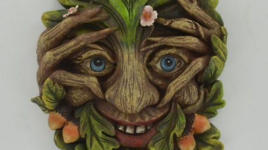 Cheeky Peeper Green Man Wall Plaque