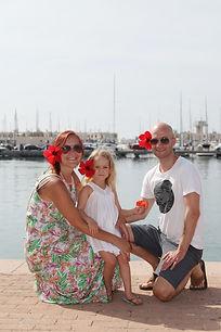 Добрая и сказочная семейная фотосессия
