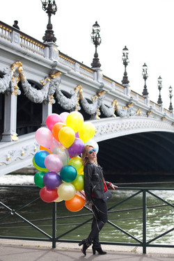 У моста Александра III