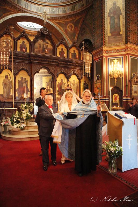 Короны жениху и невесте
