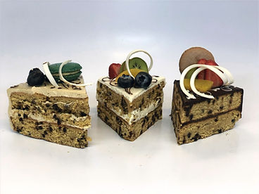Gluten-Free Sliced Cakes