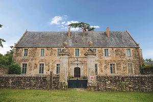 Gite- Abbaye de Champagne 2.jpg