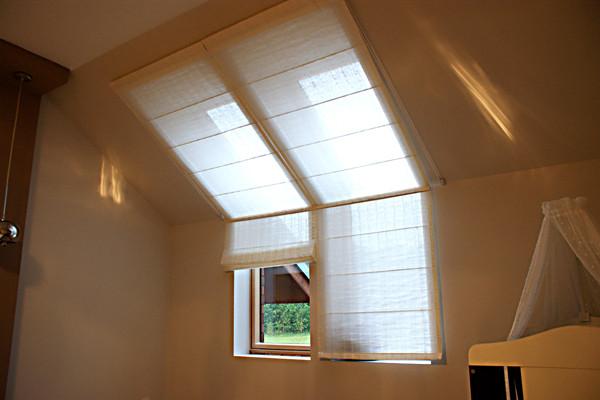 roleta rzymska okno dachowe (2).jpg