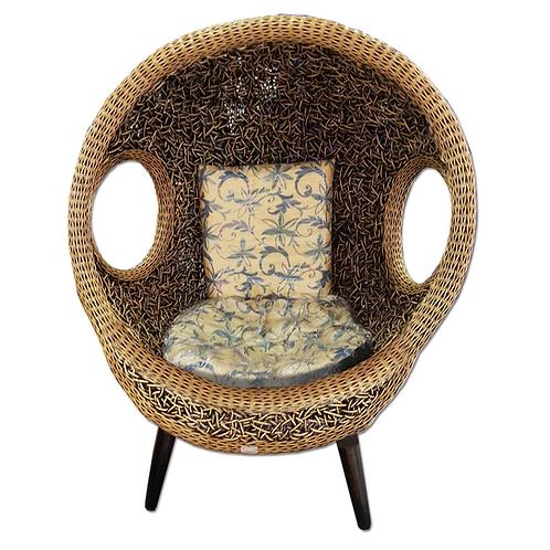 เก้าอี้รังนกขาตั้ง