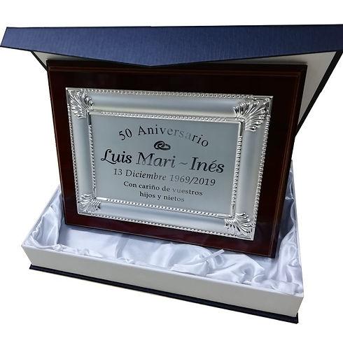 placa-homenaje-245x195-orlada.jpg