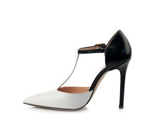 rüyada topuklu ayakkabı giymek