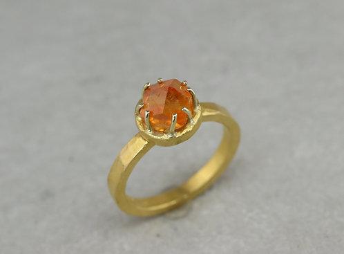 Ring Feingold Mandarin Granat I Unikat