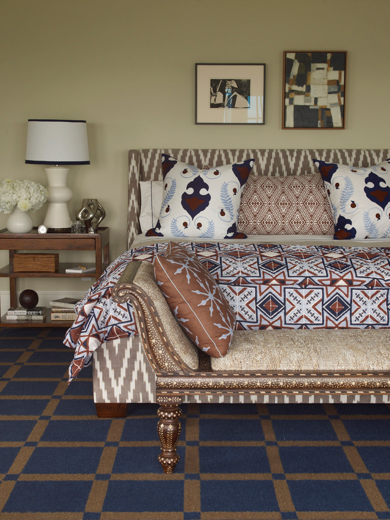 The mix of patterns in this bedroom is simply amazing! There is so much going on, and yet, the different scale of patterns have similar colour palettes, and blend in seamlessly! Image: Alex Papachristidis