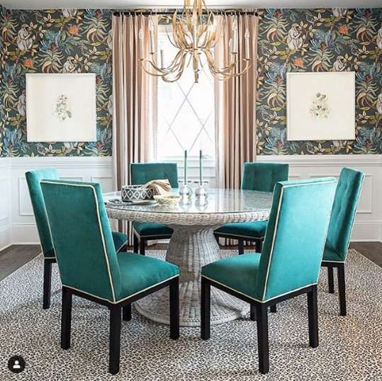 Image from Charlotte Lucas Design. Photo by@comerford.erin Art by@hidellbrooks , Wallpaper by Cole & Son